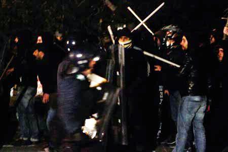 Κύπρος: Επίθεση της αστυνομίας σε πορεία εναντίον των Βρετανικών Βάσεων