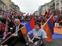 Άγριοι ξυλοδαρμοί και χημικά στην πορεία διαμαρτυρίας των Αρμενίων