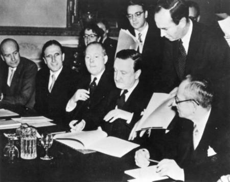Η διαγραφή χρεών της Γερμανίας και το «οικονομικό θαύμα»