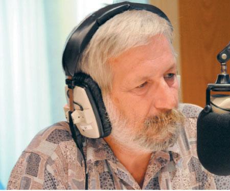 Λάζαρος Μαύρος: «Αν τα κόμματα είναι κύτταρα δημοκρατίας, η δημοκρατία πάσχει από καρκινογόνο κυτταρίτιδα»