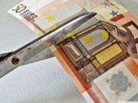 Η Κύπρος, το «κατοχικό δάνειο» και ο «τύπου Σόιμπλε» κουμμουνισμός