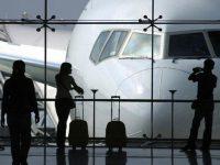 «Σύννεφα» πάνω από τον τουρισμό, πτώση έως και 26% στις κρατήσεις