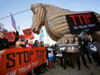 """Εκδήλωση: """"Ο Δούρειος Ίππος της TTIP"""" (βίντεο)"""