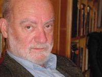 Ο Γ. Καραμπελιάς συνομιλεί με τον Δ. Νόλλα (20-4-16)