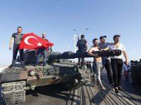 Για το πραξικόπημα στην Τουρκία – εκπομπή Παραπολιτικά (ηχητικό)