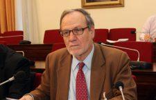 Ο Γ. Καραμπελιάς συνομιλεί με τον Σάββα Ρομπόλη για την κρίση του ασφαλιστικού (Ιανός – 19-12-16)