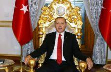 Υπό πίεση ο Ερντογαν εντός και εκτός συνόρων