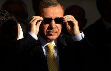 Το ριψοκίνδυνο παιχνίδι του Ερντογάν