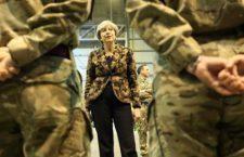 Η Τερέζα της Χερ Μάτζεστι στη Βάση της RAF εν Κύπρω