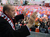 Η πολιτική διελκυστίνδα στην Τουρκία