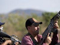 Μεξικό: O πληθυσμός παίρνει τα όπλα