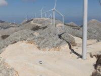 Η καταστροφική για το περιβάλλον και την αυτοδυναμία  της χώρας πολιτική στην ενέργεια