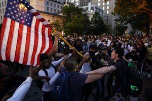 Η εξέγερση στις ΗΠΑ και το «αδιέξοδο του Σπάρτακου»