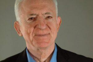 Γ. Καραμπελιάς στο newshub.gr: «Είναι διαφορετικό να υπάρχει μια Ελλάδα αταλάντευτη»